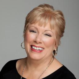 Lisa Dennis