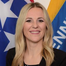 Heather Lenzy