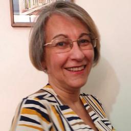 Enfermeira Oncológica Ana Maria T. Pires