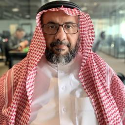 الدكتور عمر المديفر