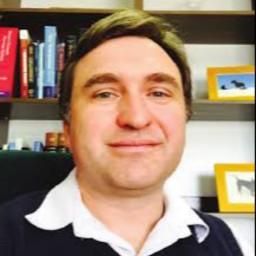 Dr. Riaan van Coller