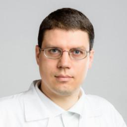 MUDr. Petr Papoušek