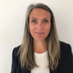 Dr. Anna Bullen