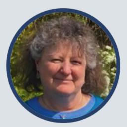 Dr Jenny Hall