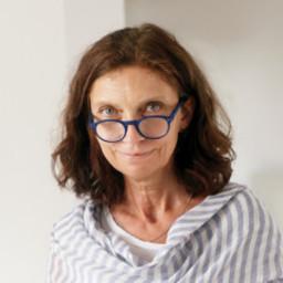 doc. Lea Květoňová
