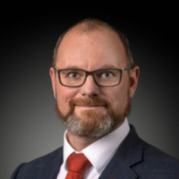 dr. Robert Plaga