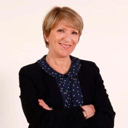 Evelyne Stomboli