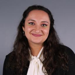 Alessia Cavazos