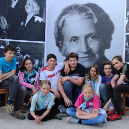 Studenti z Montessori Mozaika