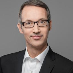 Dr. Arndt Schnöring